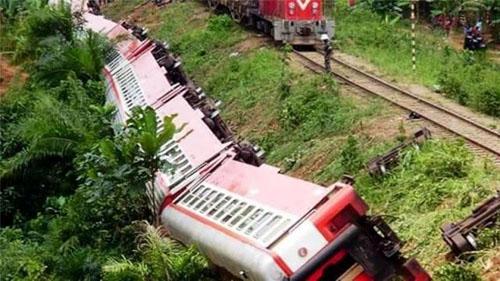 Tàu hỏa trật bánh ở Cameroon, hơn 630 người thương vong