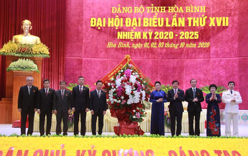 Ngày làm việc thứ hai Đại hội đại biểu Đảng bộ tỉnh lần thứ XVII, nhiệm kỳ 2020 - 2025