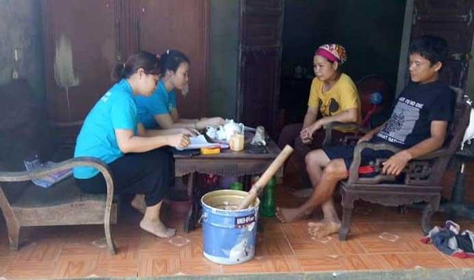 """Kinh nghiệm """"cán đích"""" ở Bảo hiểm xã hội huyện Đà Bắc"""