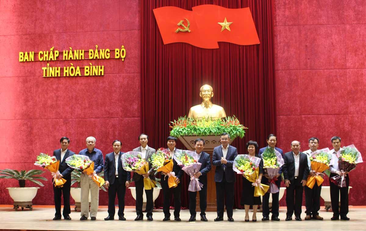 Gặp mặt, chia tay các đồng chí Ủy viên BTV Tỉnh ủy, Ủy viên BCH Đảng bộ tỉnh khóa XVI