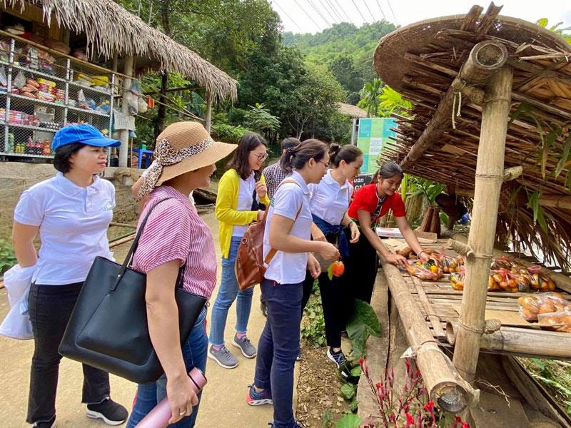 Xã Tiền Phong: Phát triển du lịch gắn với giữ gìn bản sắc văn hóa dân tộc Mường