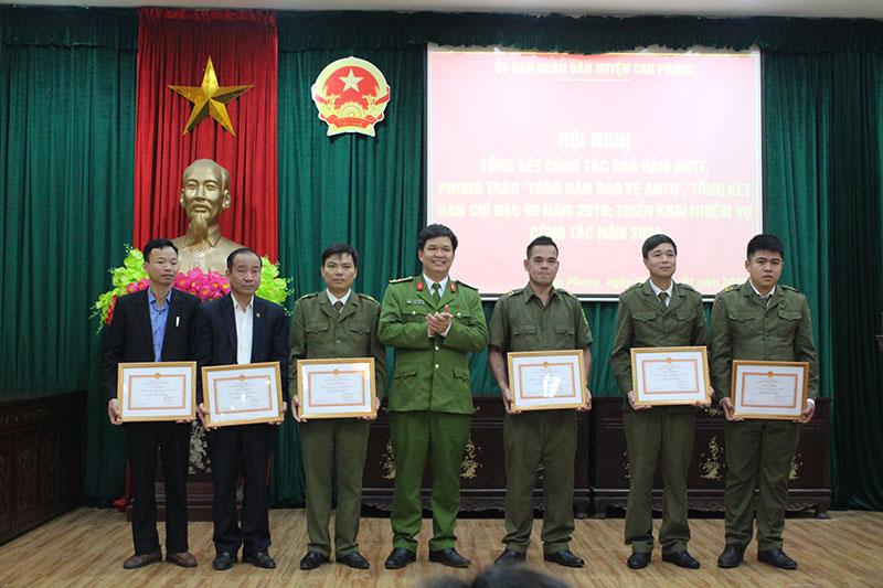 Huyện Cao Phong:Triển khai nhiệm vụ công tác đảm bảo an ninh trật tự năm 2020