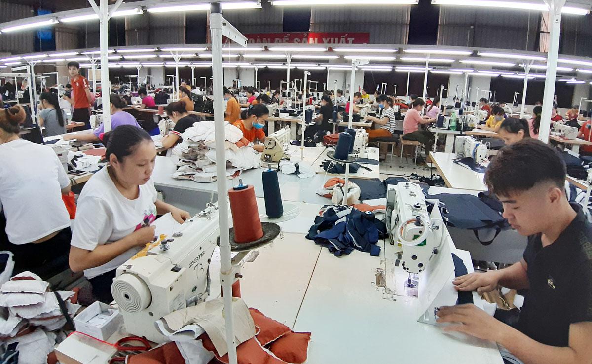Giải pháp phát triển công nghiệp - tiểu thủ công nghiệp