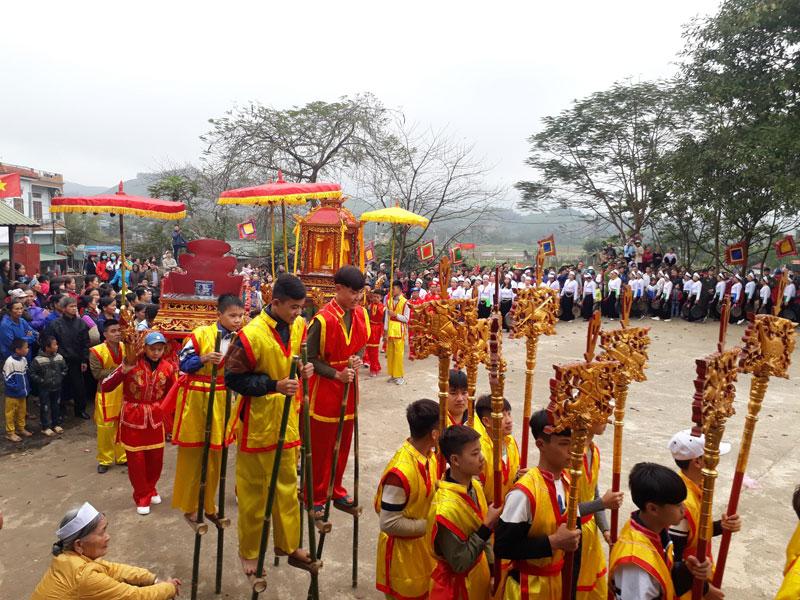 Tưng bừng lễ hội Mường Động và đón nhận Bằng xếp hạng di tích lịch sử cấp tỉnh Đình Chiềng Động