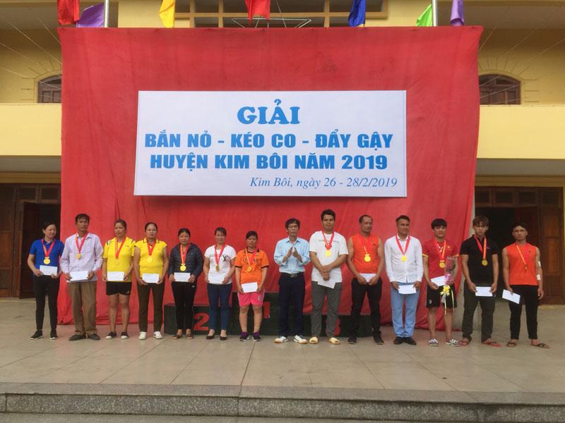 Kim Bôi: 316 VĐV tham gia Giải Bắn nỏ - Kéo co – Đẩy gậy 2019
