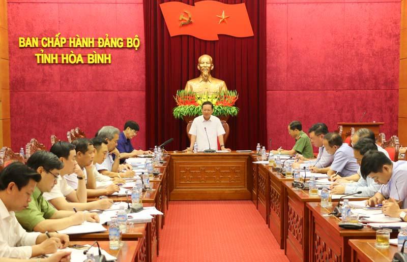 Huyện Lương Sơn, Lạc Thủy cần có quyết tâm cao, sáng tạo, trách nhiệm hoàn thành mục tiêu xây dựng nông thôn mới và phát triển đô thị