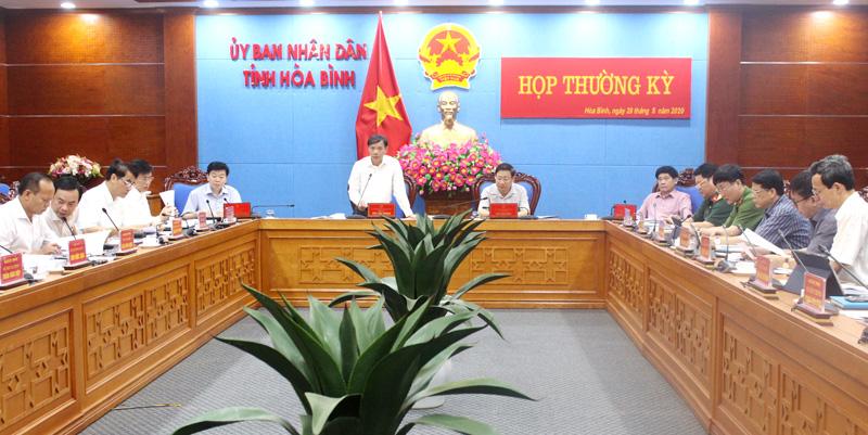 Ủy ban nhân dân tỉnh họp thường kỳ tháng 5/2020: Nỗ lực cao nhất thực hiện các mục tiêu, nhiệm vụ phát triển KT - XH