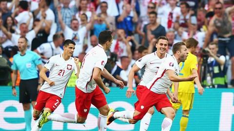 Vòng 1/8 EURO 2016: ''''Tử thần'''' gọi tên ai?
