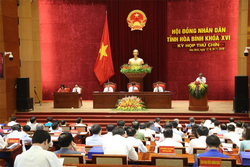 Ngày làm việc thứ nhất Kỳ họp thứ 9 HĐND tỉnh khóa XVI: Nghe các báo cáo và thông qua các tờ trình, dự thảo Nghị quyết trình tại kỳ họp