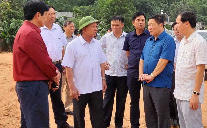 Bí thư Tỉnh ủy Bùi Văn Tỉnh kiểm tra tiến độ dự án hồ chứa nước Cánh Tạng