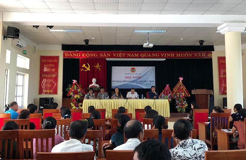 200 hội viên nông dân tham dự đối thoại chính sách về an toàn thực phẩm