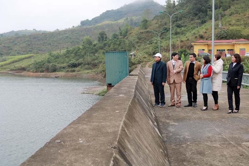 Sở NN&PTNT kiểm tra sản xuất tại huyện Cao Phong