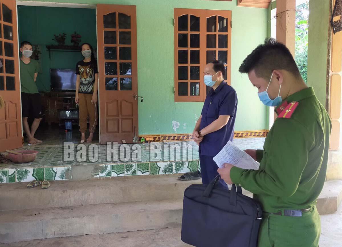 Huyện Cao Phong: Hiệu quả Công an chính quy về xã